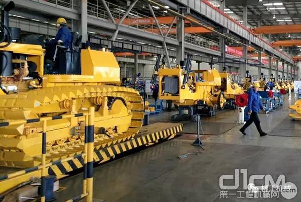 """柳工等中国装备制造业在""""一带一路""""沿路国家的发展"""